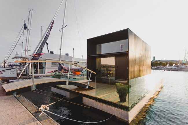 Floating house KODA and Top Marine's Heavy Duty Pontoons